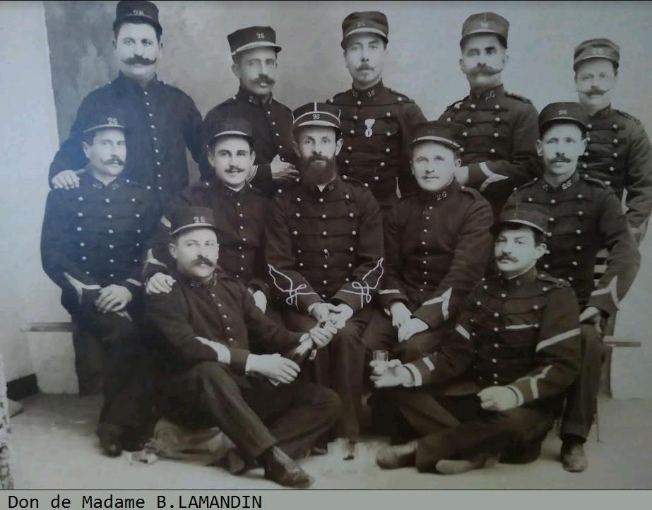 Photographie d'artilleurs , en garnison au Mans 26eme_10