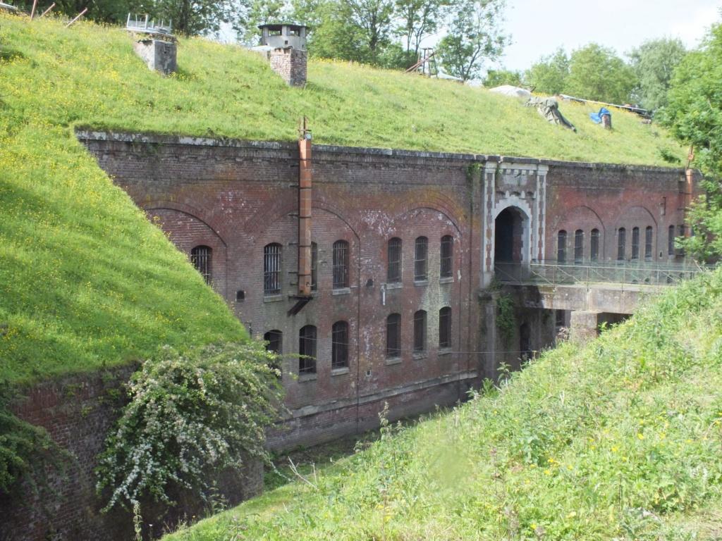 le Fort Duhoux, ancien « polygone militaire » Fort2510
