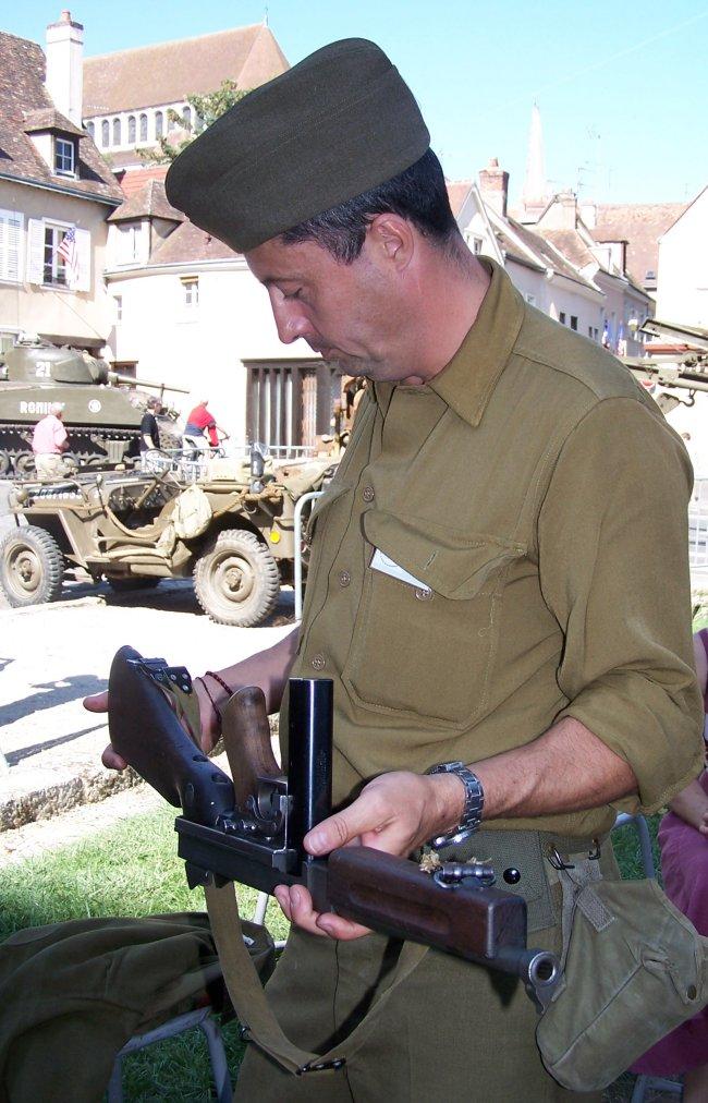 Photos sur le 60ème anniversaire de la libération de Chartres les 4/5 Septembre 2004 Gi2k10