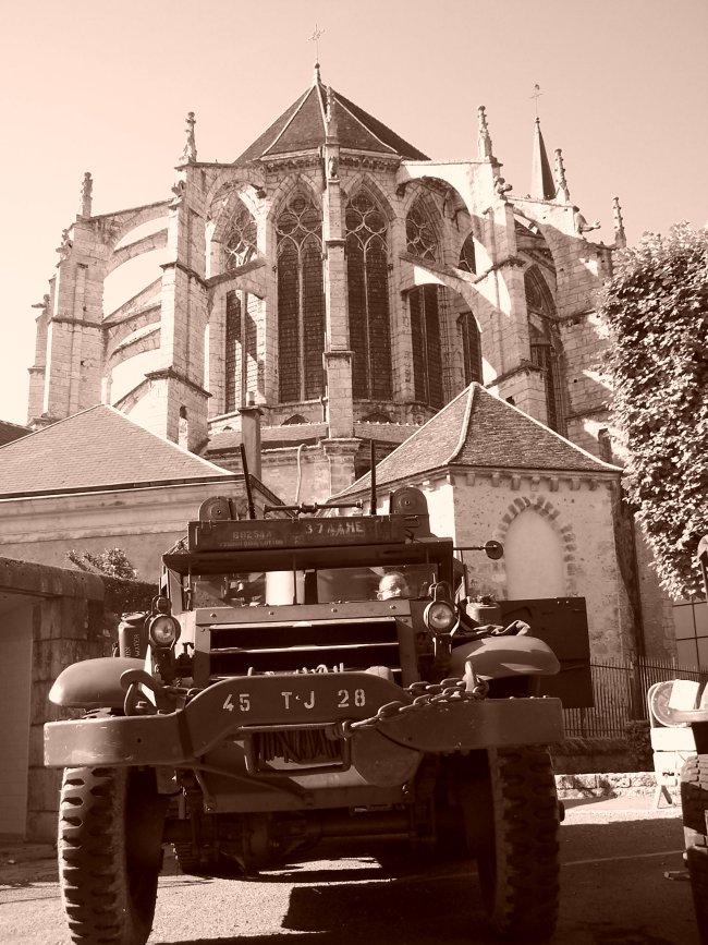Photos sur le 60ème anniversaire de la libération de Chartres les 4/5 Septembre 2004 Sepia510