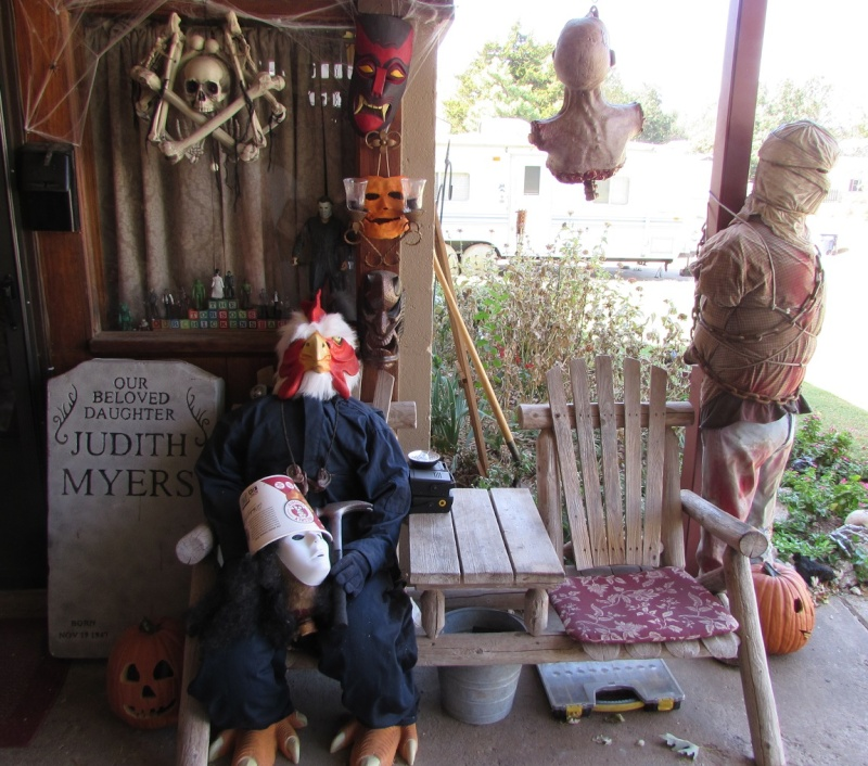 HALLOWEEN - The Chickenshack House of Horror - Page 6 1010