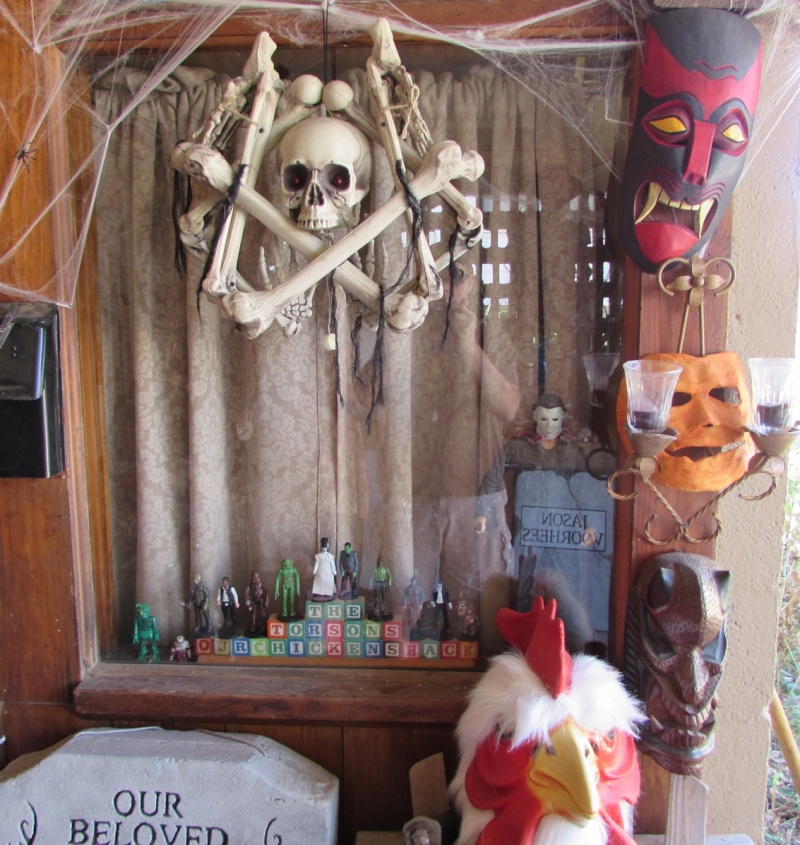 HALLOWEEN - The Chickenshack House of Horror - Page 6 1110