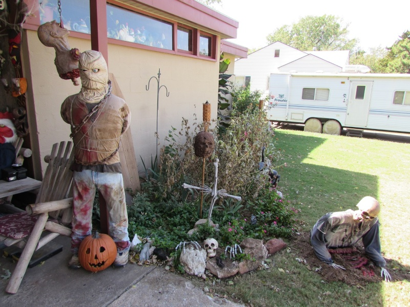 HALLOWEEN - The Chickenshack House of Horror - Page 6 1310