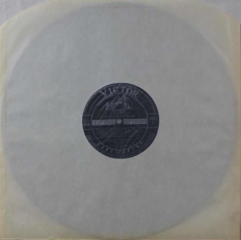 G. I. BLUES P1050812