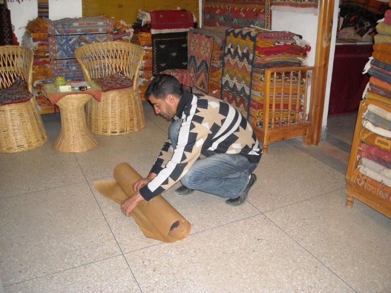 [Commerces/Maroc] Acheter un tapis Bazar_11