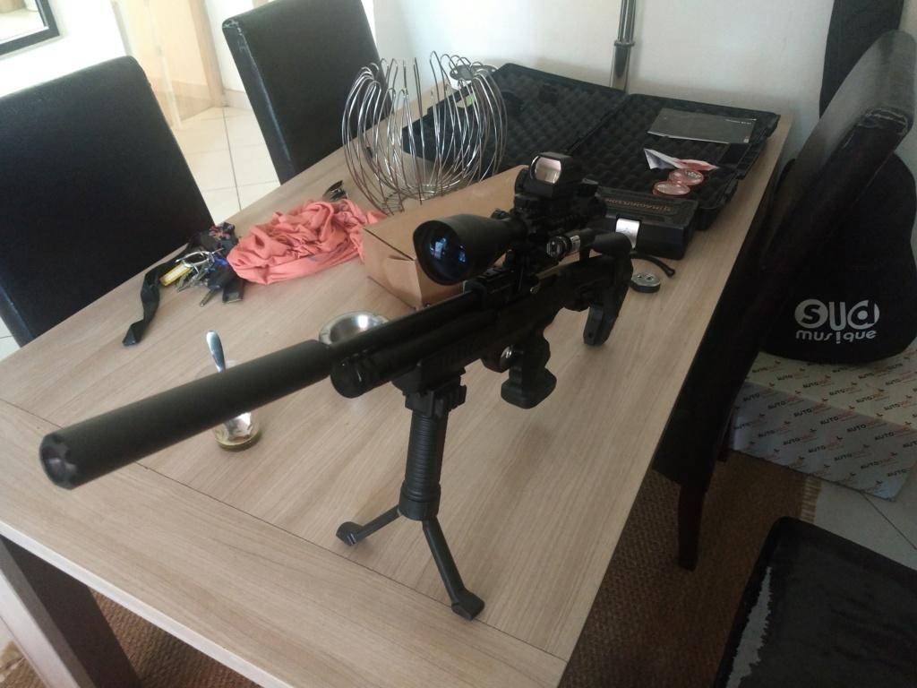 Pistolet mitrailleur ou mitraillette co2  - Page 3 Img_2011
