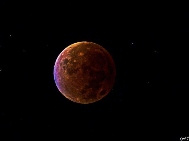 Eclipse de lune Septembre 2015 P1020528