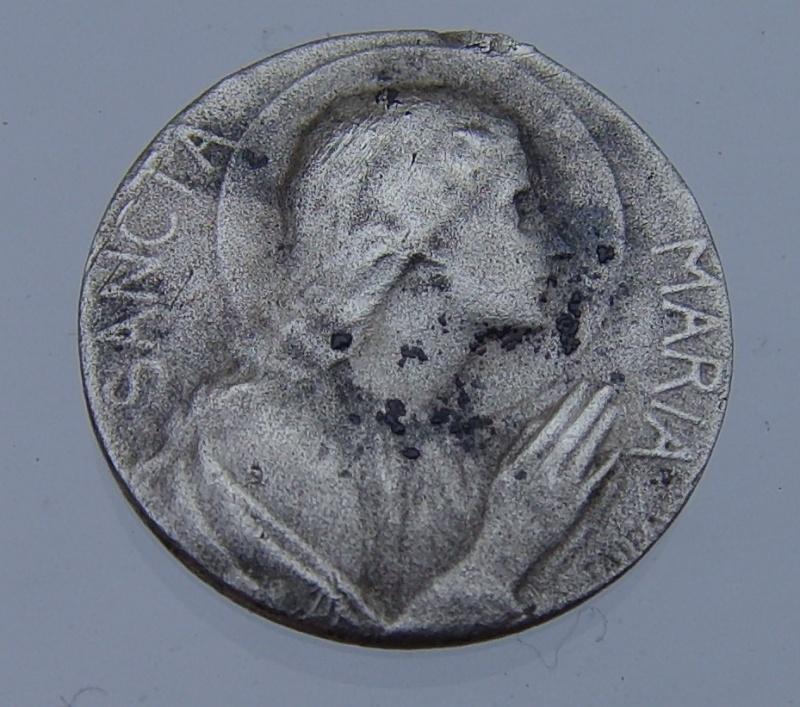 Médaille de la Vierge Marie - médaille de communion période fin 19eme / 20 eme Mydail10