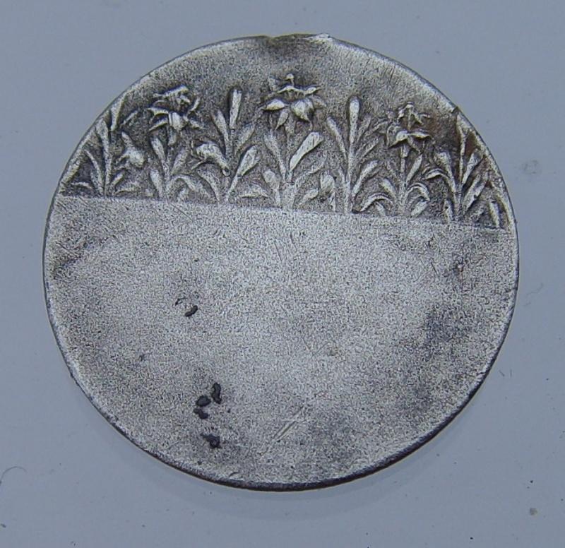 Médaille de la Vierge Marie - médaille de communion période fin 19eme / 20 eme Mydail11
