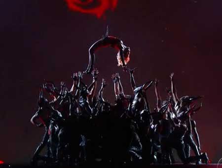 Lady Gaga est une Illuminati, sataniste explication Unname13