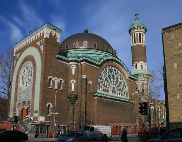 Montréal - Page 7 Eglise11
