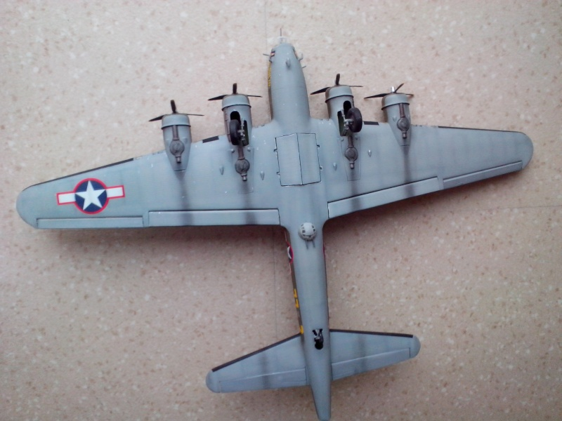 B-17F  The Shamrock Special (revell) - Page 4 Img_2060