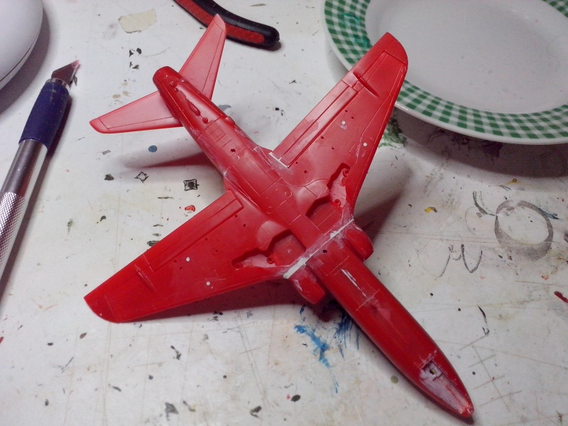 BAE HAWK des Red Arrows (revell) Img_2064