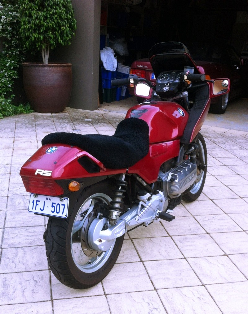 Pics of my K100 rear end tidying efforts so far - Page 2 Photo_12