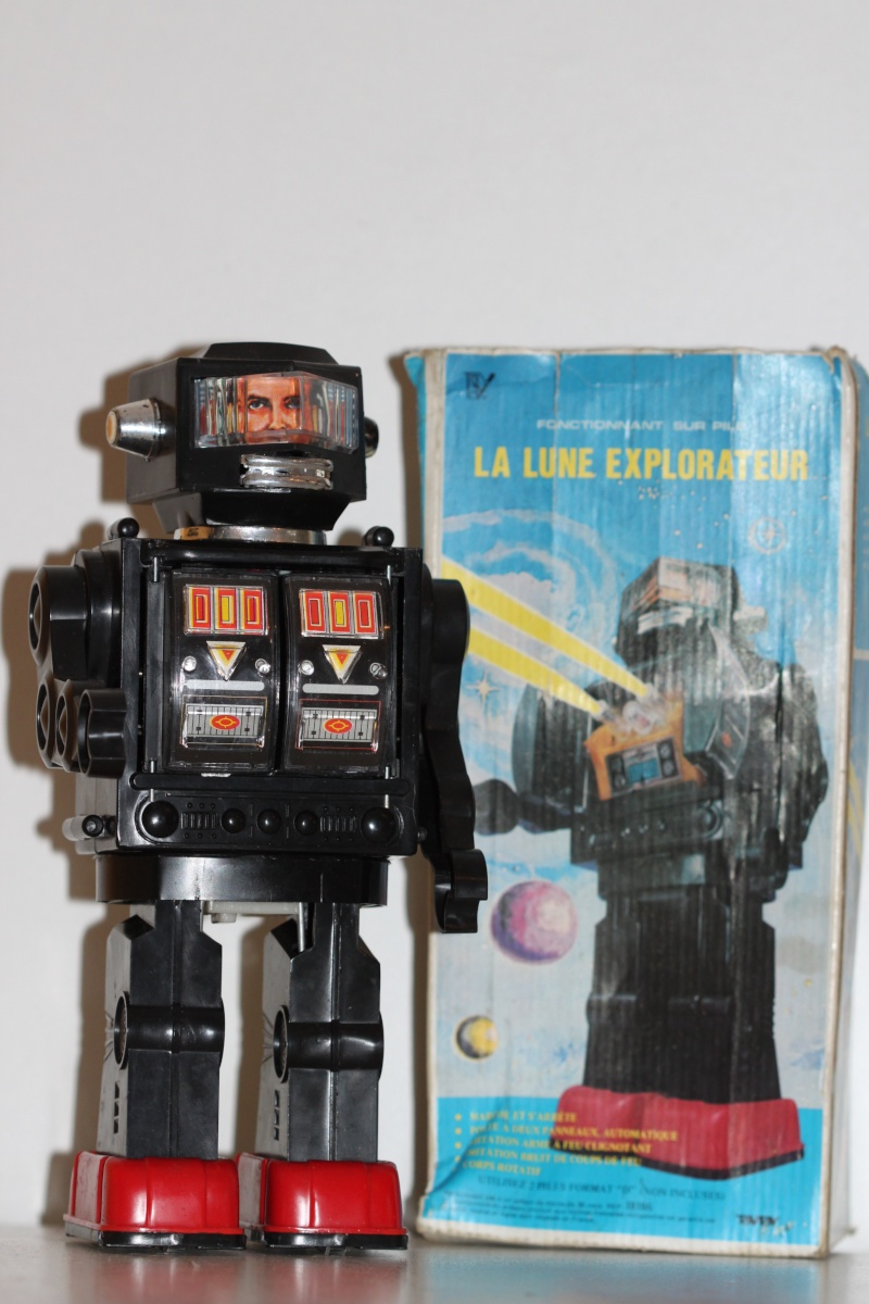 Star Wars et robots transformistes ... - Page 11 Img_6424