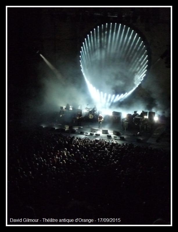 [SPOILER] Les PHOTOS et VIDEOS du concert d'Orange ! - Page 2 David_10