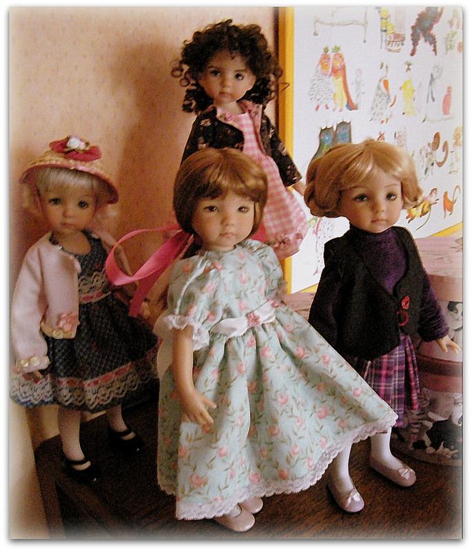 Sheila, Emily, Audrey et Chantel, mes Little Darlings! De nouvelles photos postées régulièrement - Page 6 0231110