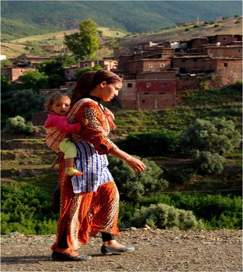 amazigh - Osez aller voir l'Amazigh qui a fait main basse sur oasis palmeraie et ksours Tamazi10