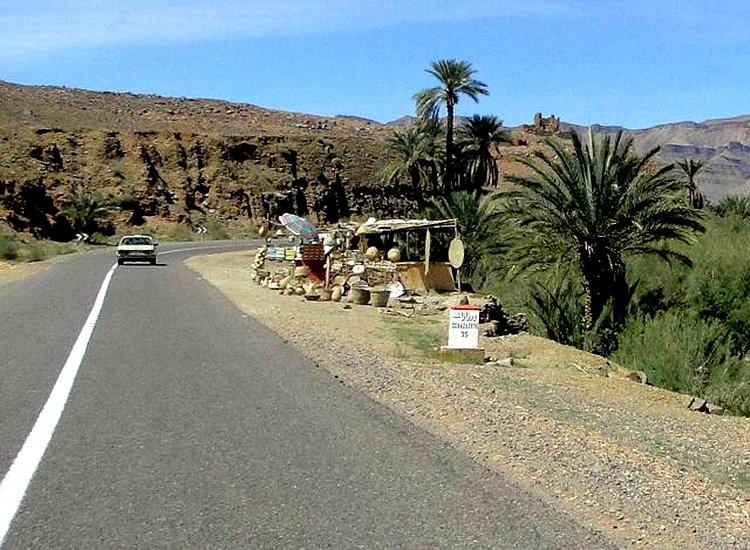 zagora en exemple , Qui a dit qur l'Amazigh est isolé, sans route et sans accès ? Zagora12