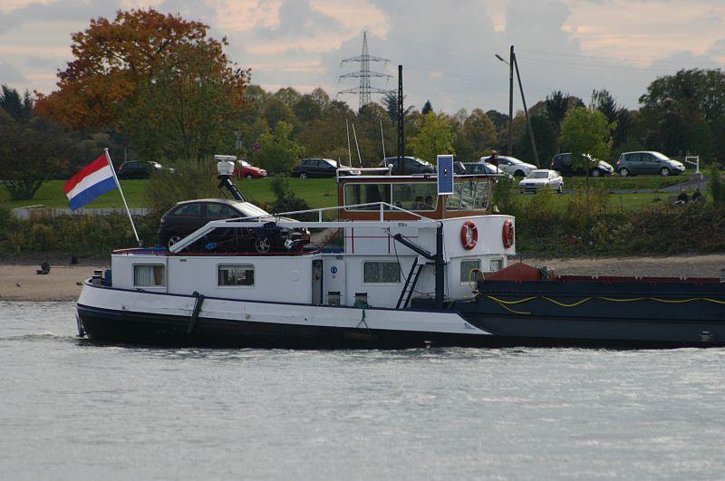 Kleiner Rheinbummel am 21.10.15 in Koblenz und Mondorf 2010