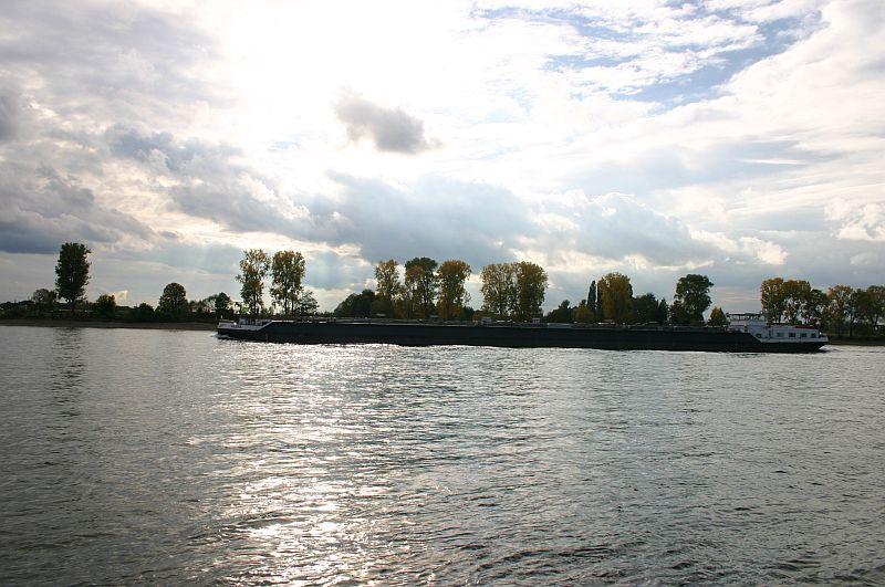 Kleiner Rheinbummel am 21.10.15 in Koblenz und Mondorf 3410