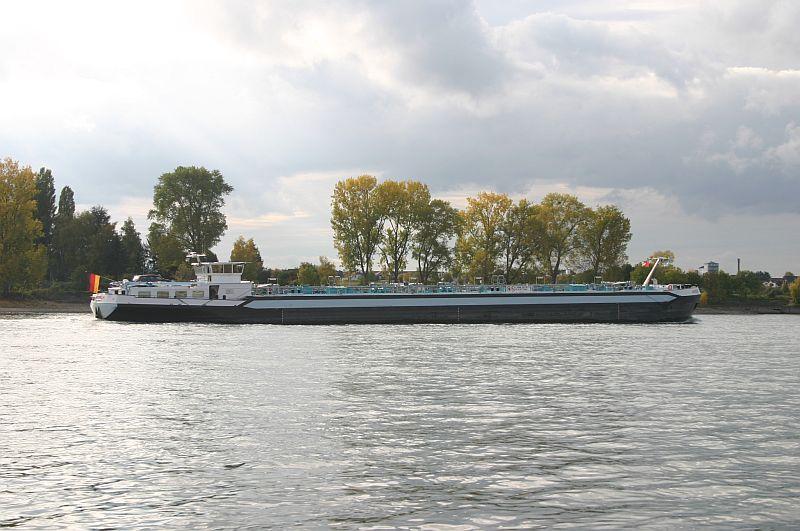 Kleiner Rheinbummel am 21.10.15 in Koblenz und Mondorf 4610