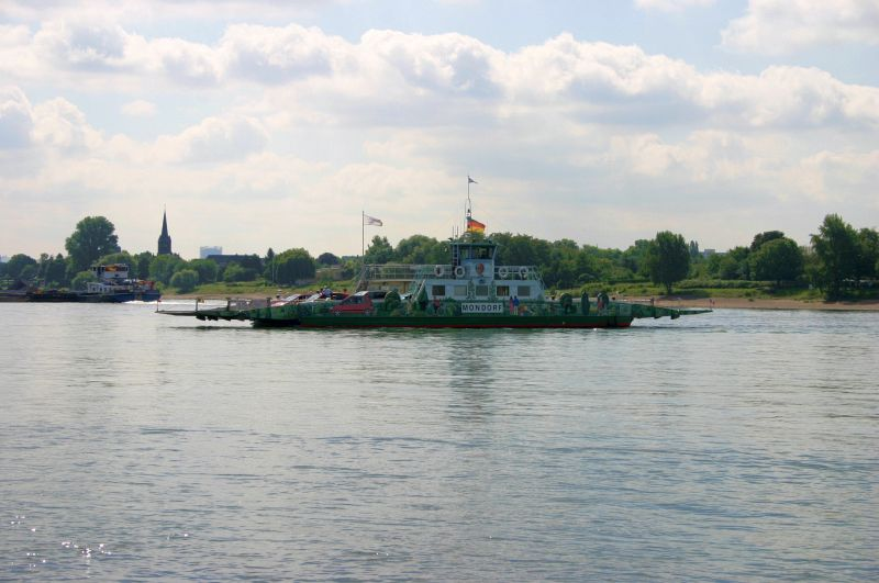 Kleiner Rheinbummel am 31.07.15 in Königswinter und Mondorf Img_3524