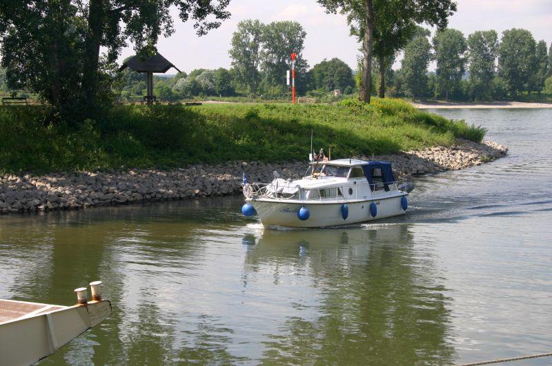 Kleiner Rheinbummel am 31.07.15 in Königswinter und Mondorf Img_3560