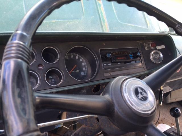 76 Dodge 700 Img_2312