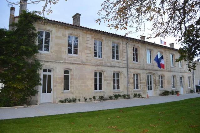 L'histoire des Mairies de Ludon Médoc 12003110