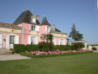 Envie d'une vie de château dans le Médoc le temps d'un mariage 59069010