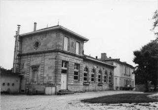 L'histoire des Mairies de Ludon Médoc 84_l_e11