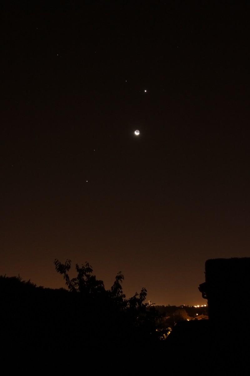 Lune et Venus au petit matin du 10/12/2012 Conjon12