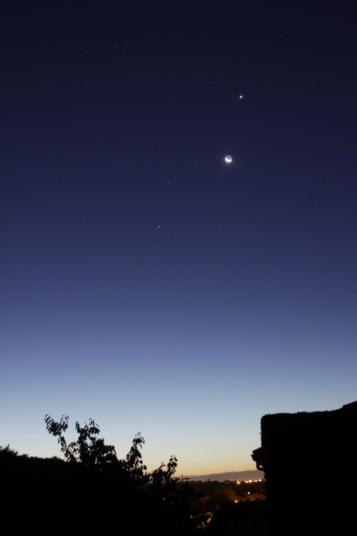 Lune et Venus au petit matin du 10/12/2012 Conjon14