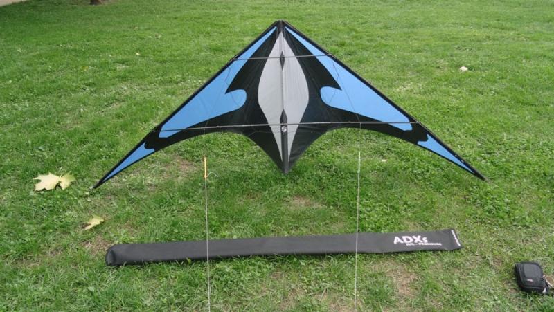 [vendu]Deux bons cerfs-volants de free-style. Adxs-s10