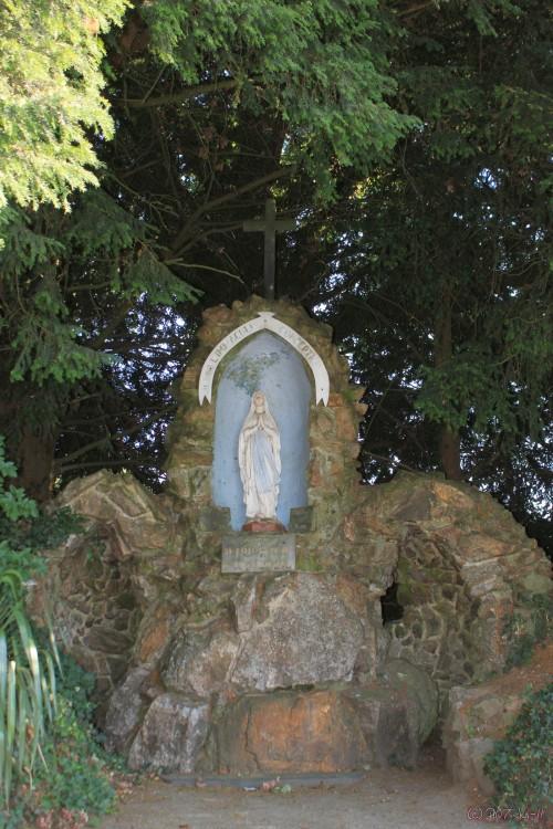 Les répliques de la grotte de Lourdes - Page 2 Nd-44_10