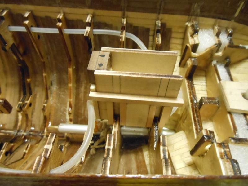 costruzione di goletta, liberamente ispirata a piroscafo cannoniera del XIX secolo - Pagina 6 Dscn4321
