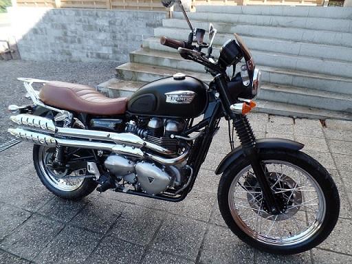 Rickman Royal Enfield dans Moto Revue Classic Scramb23
