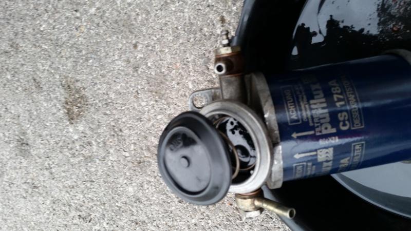 changer la membrane de la pompe d'amorçage sur J8S 20150924