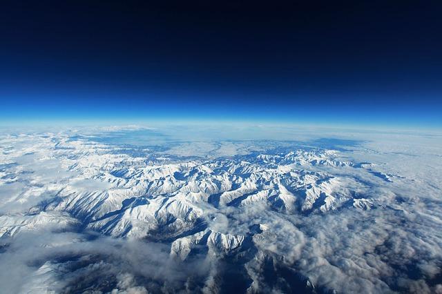 La neige en montagne ... B50010