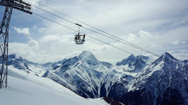 La neige en montagne ... B50710