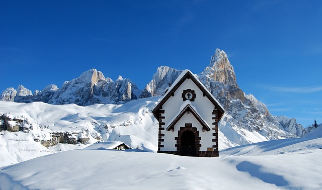La neige en montagne ... B50810