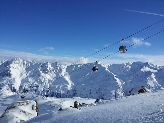 La neige en montagne ... B52210