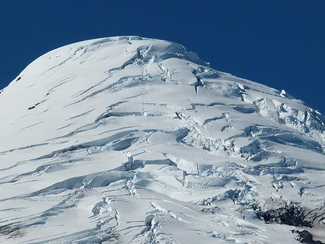 La neige en montagne ... B52810