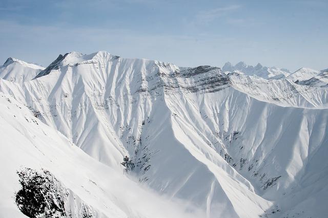 La neige en montagne ... B52910