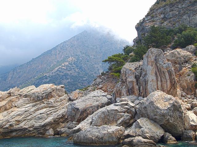 Les roches, les pierres ... D50210