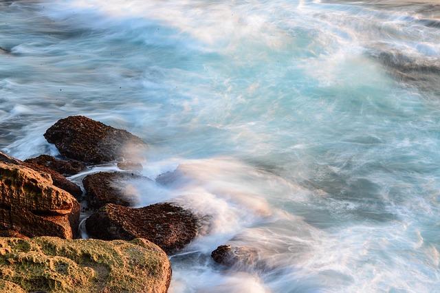 Les roches, les pierres ... D51210