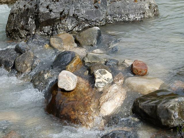 Les roches, les pierres ... D52110