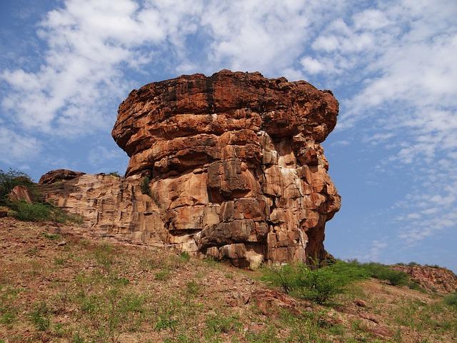 Les roches, les pierres ... D52410