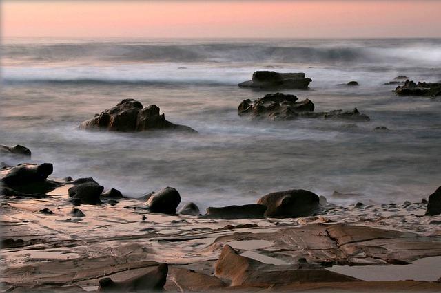 Les roches, les pierres ... D53210